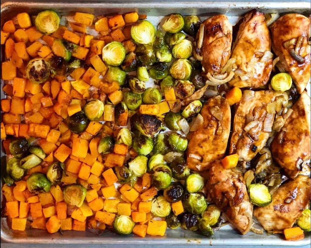 sheet pan chicken, squash, and brussels sprouts